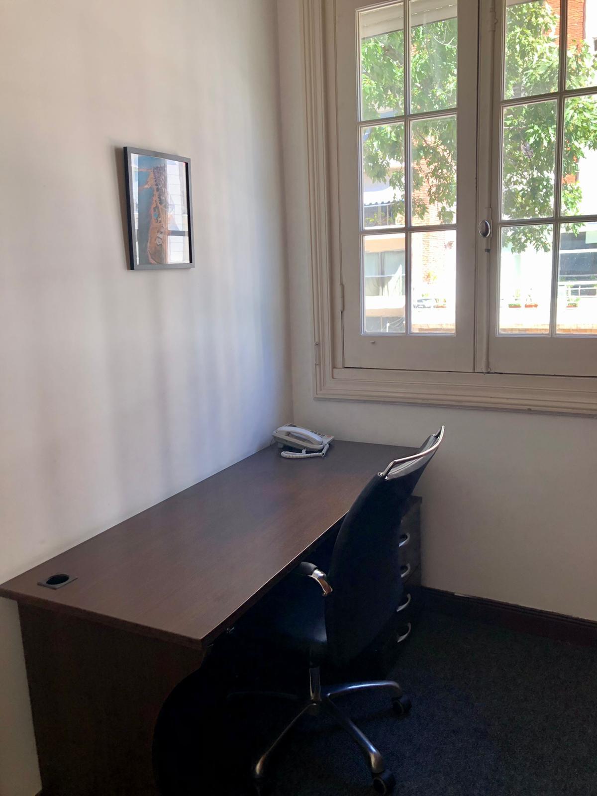 Ante despacho oficina 11